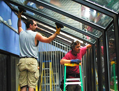 Replacing an insulated (double-pane) glass in a solarium